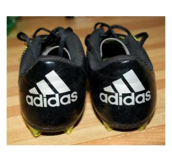 Chaussures de football Adidas